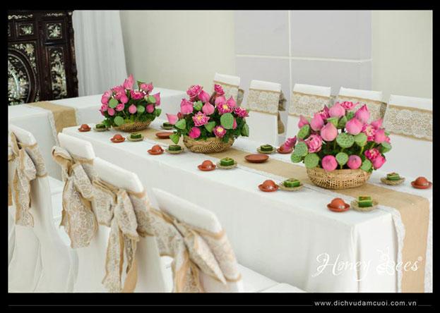Kết quả hình ảnh cho hoa sen cưới